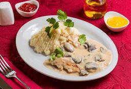 Filete de Pollo en salsa de Champiñones