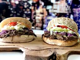 Promoción 2 Sándwiches Clásicos