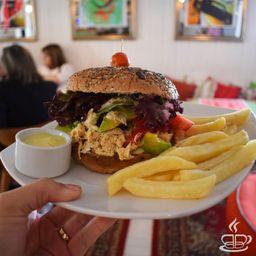 Sándwich Mechada Pollo