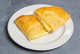 Empanada Queso Hoja