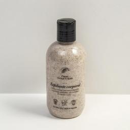 Crema exfoliante corporal bajo la ducha