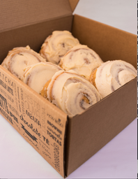 Caja Cinnamon Rolls