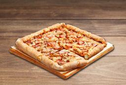 Pizza Mediana QuadQueso hasta 4 ing