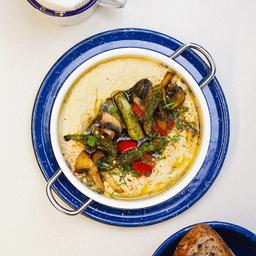 Hummus y Verduras Asadas