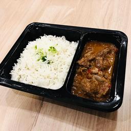Goulash de Carne con Arroz