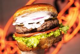 Classic Burger + papas fritas  $5.000