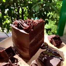 Trozo keto torta de chocolate extra dark - sin azucar - low carb