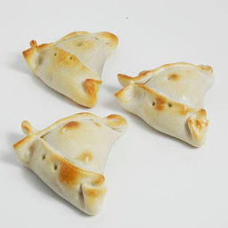 Empanadita cocktail jaiba queso