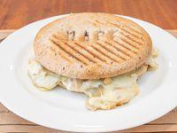 Champiñón, cebolla y queso