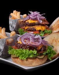 Classic Burger + Doble Cheddar Burger