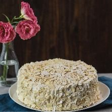 Torta Hojarasca Frambuesa Crema Manjar