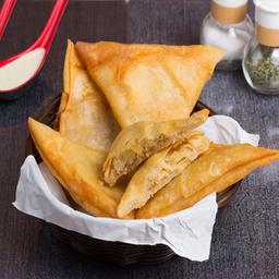 Empanaditas de Pollo Queso (5 Und)