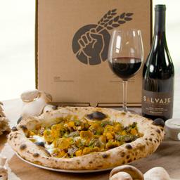 Pizza Salvaje y Vino Salvaje de Emiliana