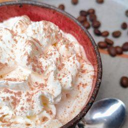 Cappuccino con Crema Chantilly