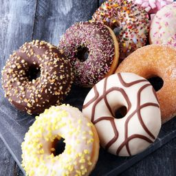 6 Donuts