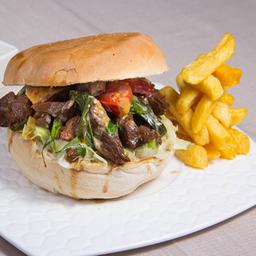 Sandwich de Lomo Salteado