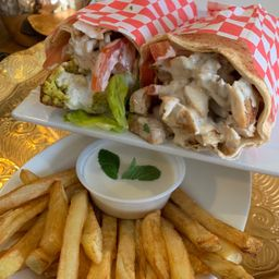 2 Shawarmas + Ración de Papas Fritas