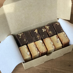 Caja de Brownies y Blondies