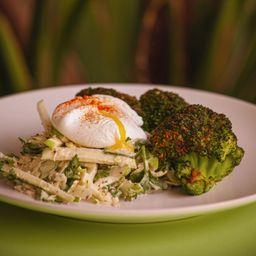 Ensalada de Repollo y Brócoli Asado