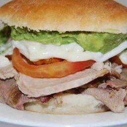 Sándwich Lomito de Cerdo Casero