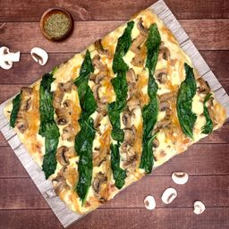 Pizza Massima Funghi Espinaca