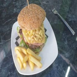 Hamburguesa Especial Con Carne