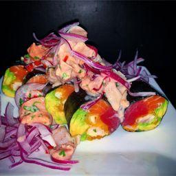 Roll Sakana con Ceviche Oriental