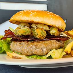 Burger Burguesía con Papas Fritas