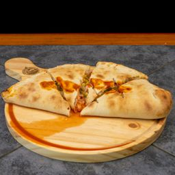 Pizza Calzone Italiano