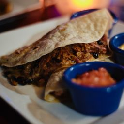 Quesadillas de Carne Mechada