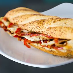 Sandwich Pollo/pimentón/alioli