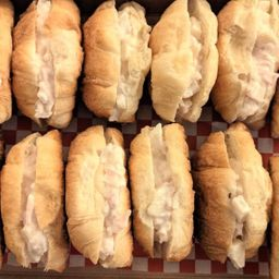 Caja 12 Mini Croissant Jamón Palmito
