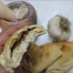 Empanada de Pescado/Ajo