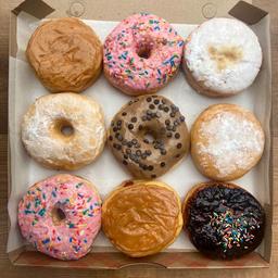 Caja Donuts Artesanal 9 Unidades