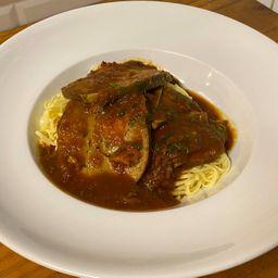Carne Mechada con Spaghettis