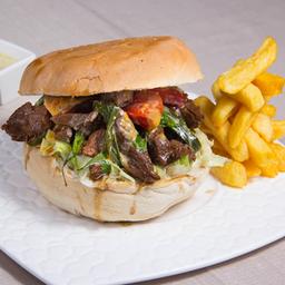 Sándwich de Lomo Salteado