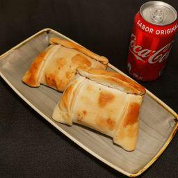 Empanada Horneada Pino x 2 y Bebida Lata