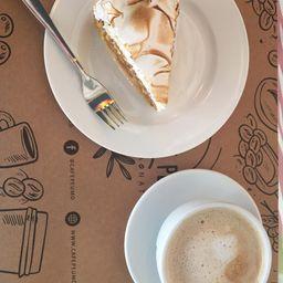 2 Café Latte y 2 Trozos de Torta