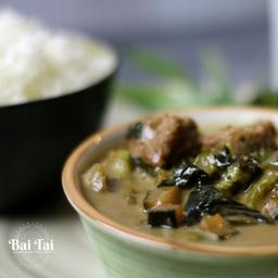 Curry Verde, Cerdo y Arroz Jazmin