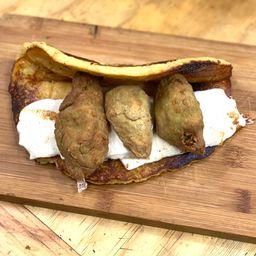 Cachapa de Falafel Queso