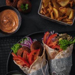2 Shawarmas y 2 Dipper Fries