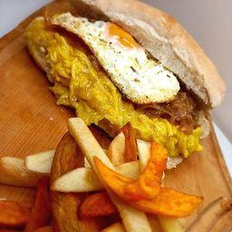 Sándwich Ají de Gallina