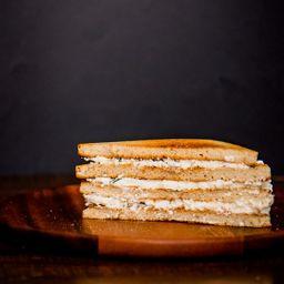 Sándwich Queso Fresco-ciboulette