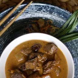 Curry Masamang, Res y Arroz Jazmin