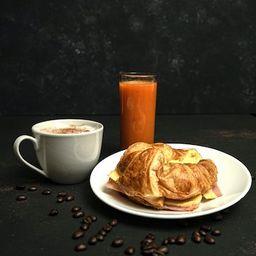 Café, Croissant y Jugo Natural