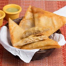 Empanaditas de Pollo Queso (5 Unid)