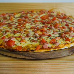 Pizza Napolitana Mediana   + 1 bebida 1,5