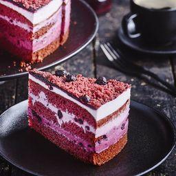 Torta Red Velvet con Crema de Arandanos