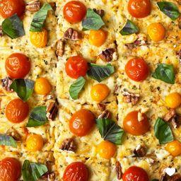 Pizza Veggie Pizza Individual 20x30