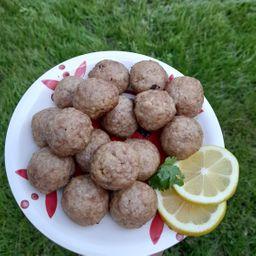 Porción de kubbe o kubbi horneado